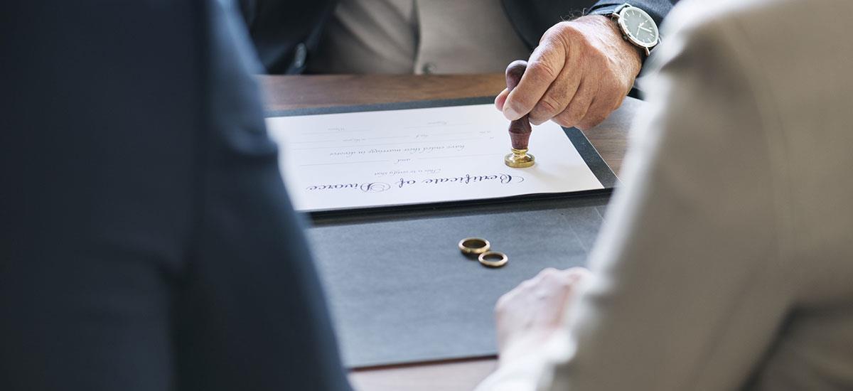 Registro De Matrimonio Catolico En Notaria : Divorcio en notaría de bogotá